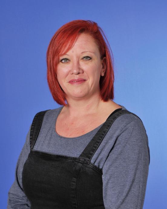 Mrs Lynn Frost - TA