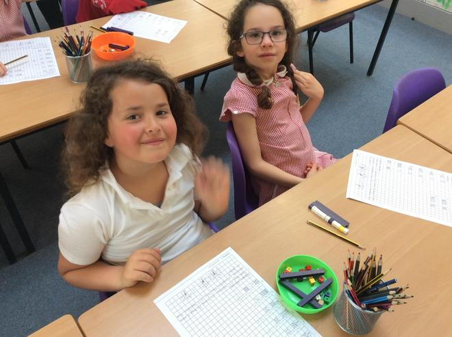 Adding a one digit number to a two-digit number, using dienes