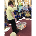 Floating and sinking experiment in Year 1