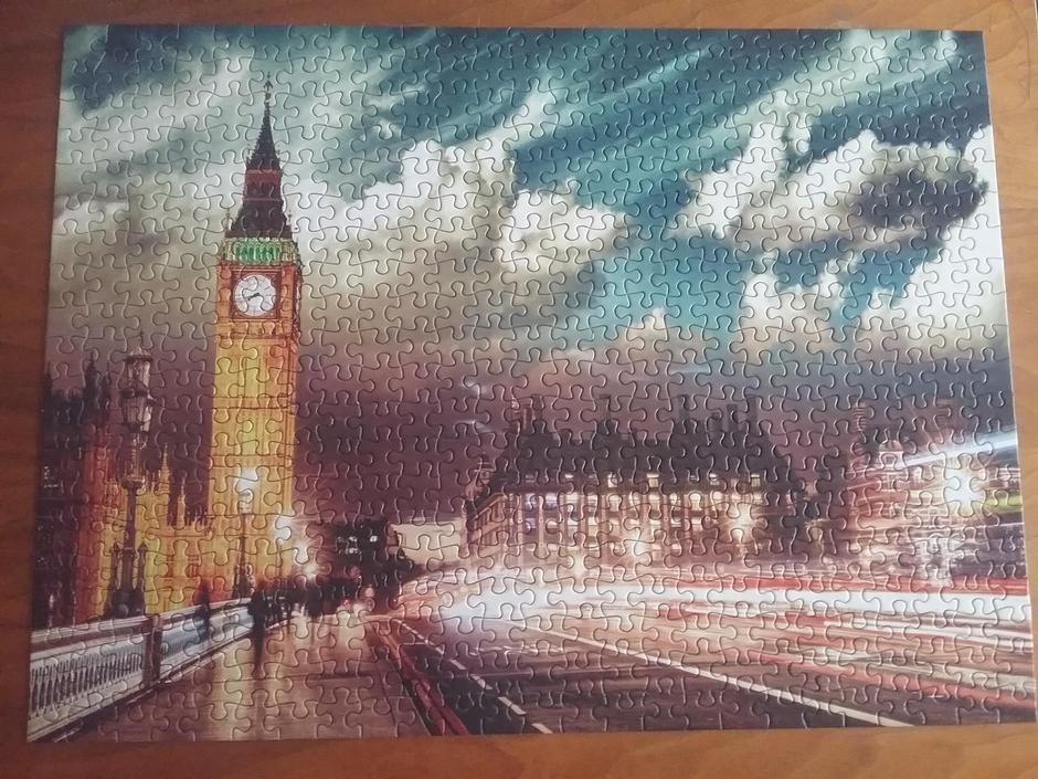Can you guess the stunning landmark of this 500-piece puzzle? George K 4EH