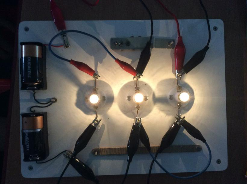 3 bulbs lighting up!