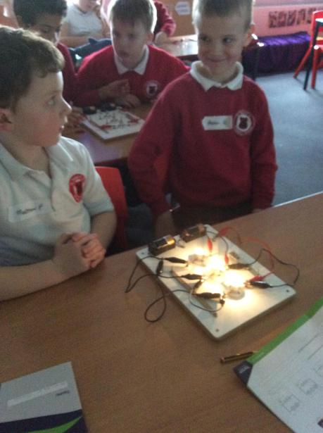 Can we make a series circuit?