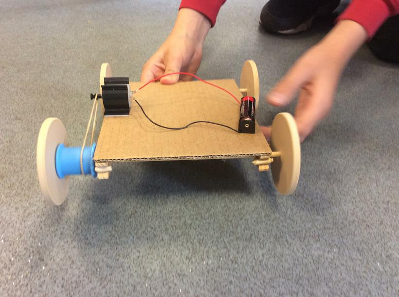 Investigating motors and pulleys