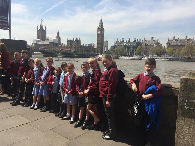 We visited London to see how Parliament works.