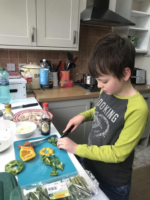 Cutting veg
