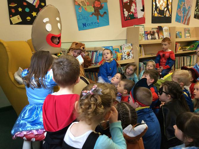 Gingerbread Man read a story