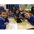 Exploring mass with a balancing scale