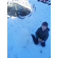 Snowmen walk Among Us