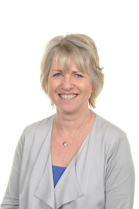 Mrs Welsh Deputy Headteacher, ALNCo and Year 5 Class Teacher