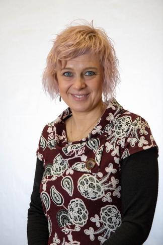 Mrs J Pietras-Williams