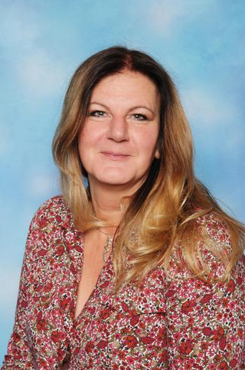 Mrs Pattison (Art teacher)