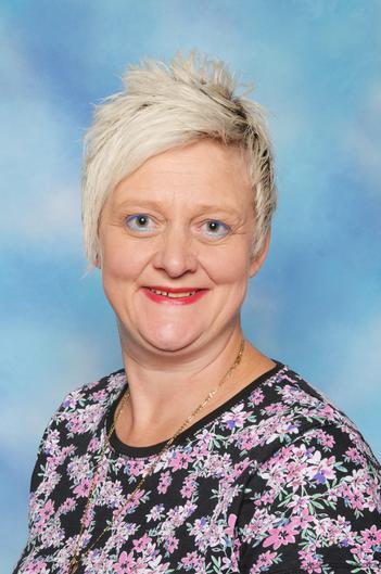Mrs Dannatt (Midday Supervisor)