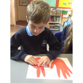 Using Fingers to find number bonds to 10.
