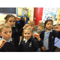 Year 1's  show the approximate measure of 1cm.