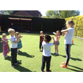 Children leaning new street dance hand movements.