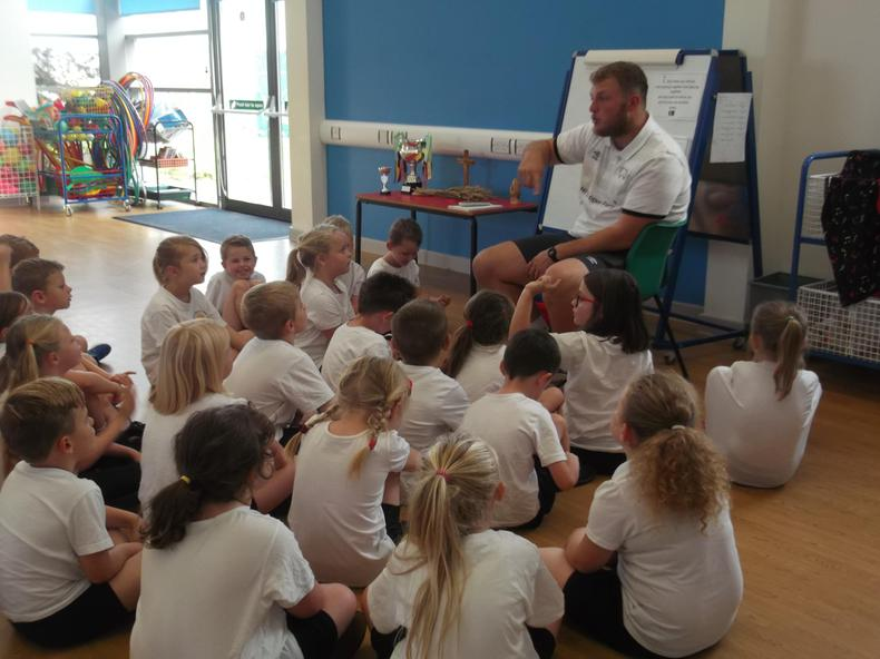 We love PE with Mr Hudson from Derby County!
