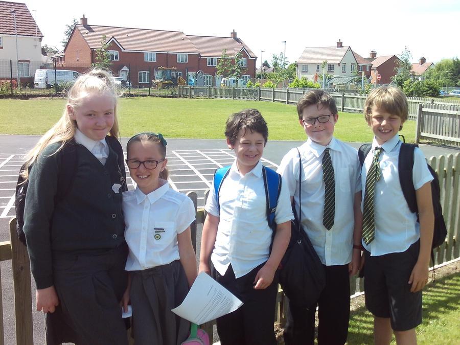 Rachel, Edie, Gabriel, Edward and Jack at Bengeworth