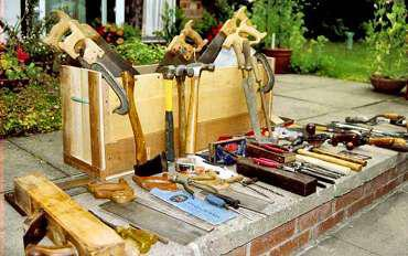 A refurbished kit for carpentry