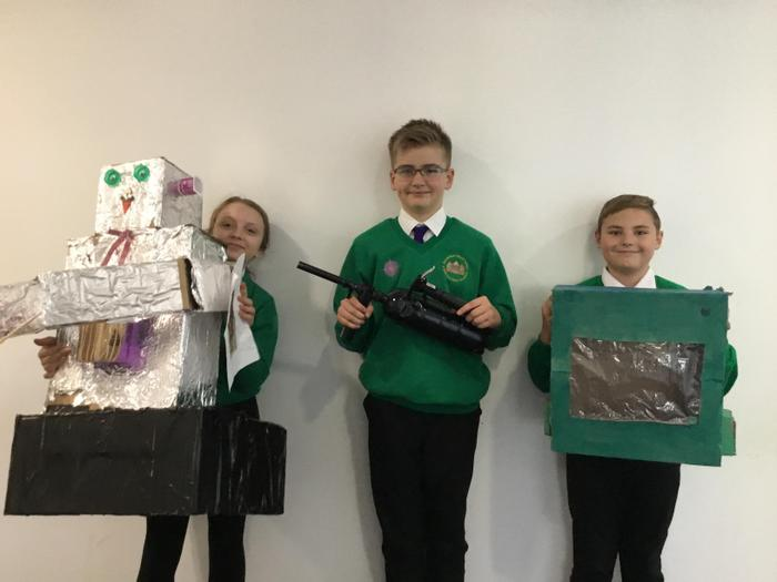 Gracie, Dexter and Filip with their fabulous inventions!