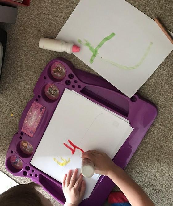 Using dabbers/ painting