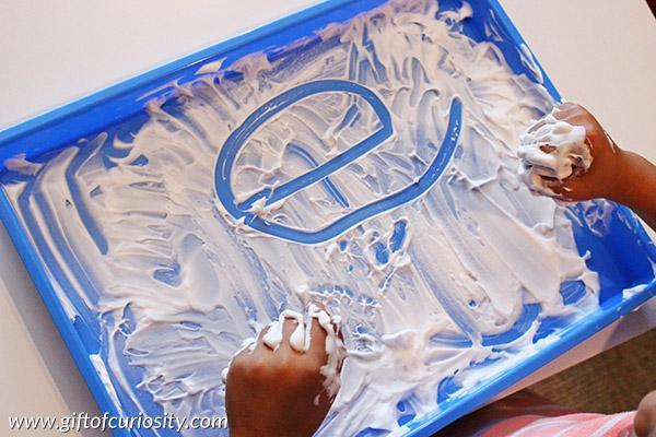shaving foam/ washing up liquid/ sand/ salt