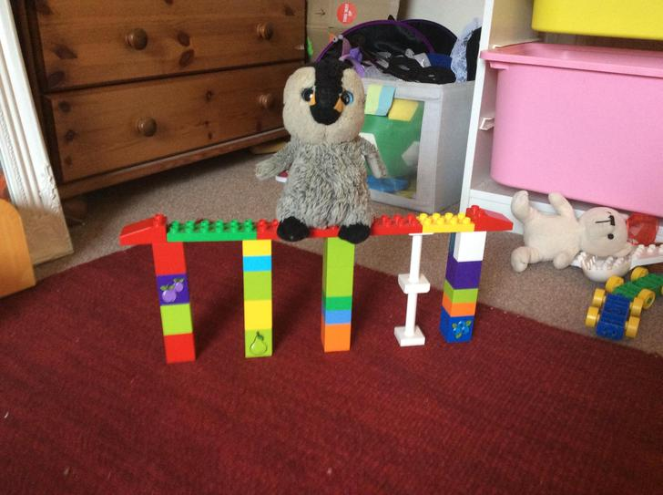 A very sturdy bridge Lina - perfectly holding up penguin! Well done!