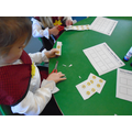 Ordering numbers using the number daffodils