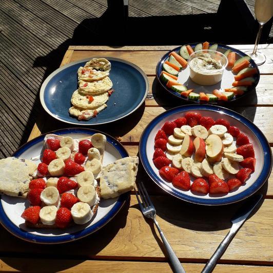 Freya makes lunch (WOW!)