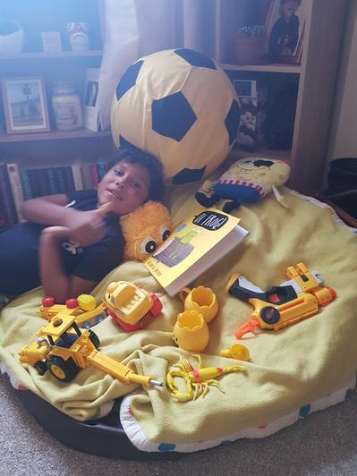 Ruben and all his yellow treasures.