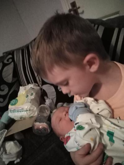Layton and his new brother Colton!!!! xx