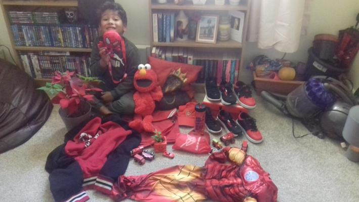 Look at all the red things Ruben found!
