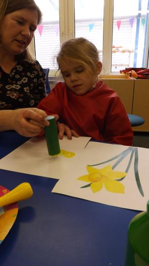 We painted daffodils