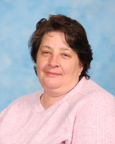 Mrs J Owen - Midday Assistant