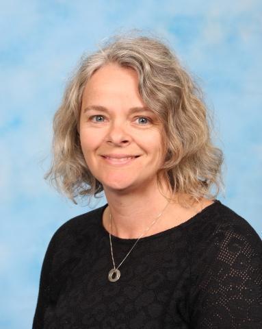 Mrs H Allen - Midday Assistant