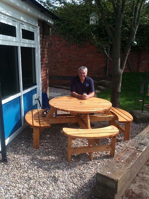 Mr Warner constructs a complicated table!
