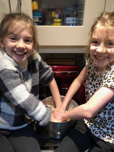 Express Yourself Cooking Chloe and Lucy