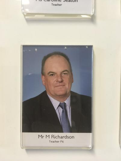 Mr Mark Richardson