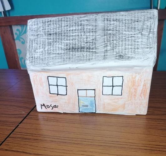 Mosa fantastic house for the Three Little Pigs.