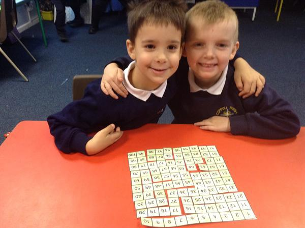 Working hard making the 100 grid jigsaw!
