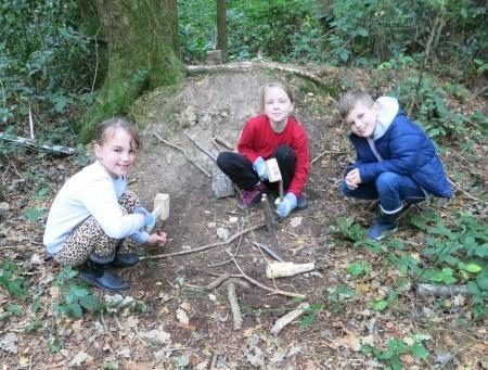 Teamwork to build fairy homes