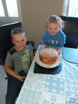 Thomas made this delicious looking cake, yum!