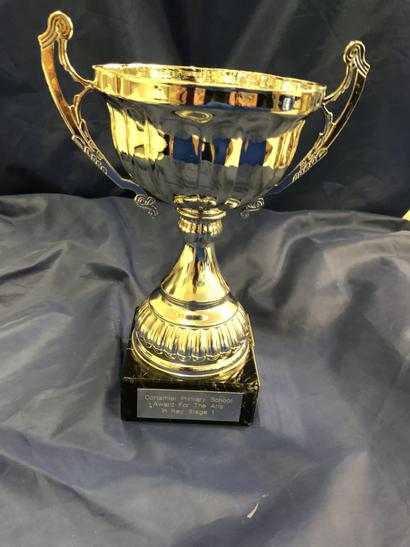 Award for Arts KS1 - Leah Oliver
