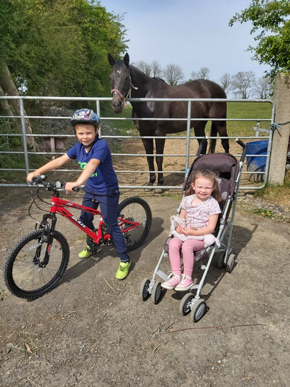 Thomas and Chloe chatting to the beautiful horse!