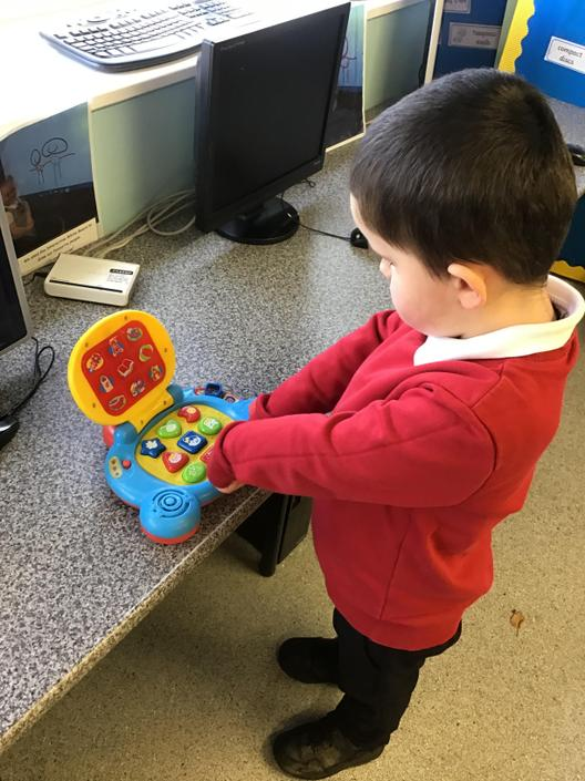 Toys that are switched on in Nursery Bears