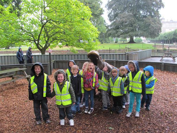 LONGLEAT/DEADLY 60 VISIT