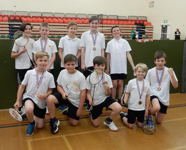 Badminton winners