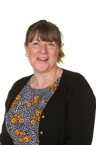 Mrs S Revill - Year Three Teaching Assistant