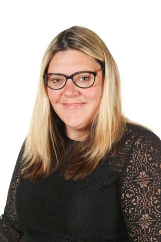 Mrs L Harris - Administrative Assistant