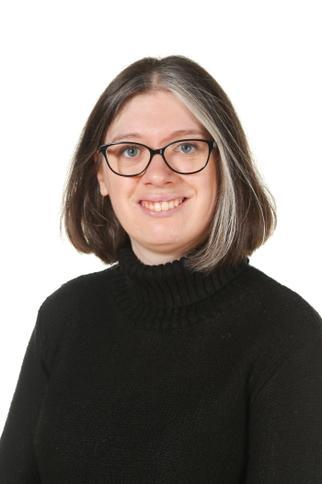 Mrs L Allwood - Year Six Teaching Assistant