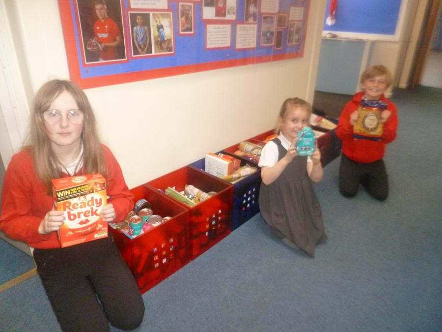 Harvest fairtrade foodbank donations